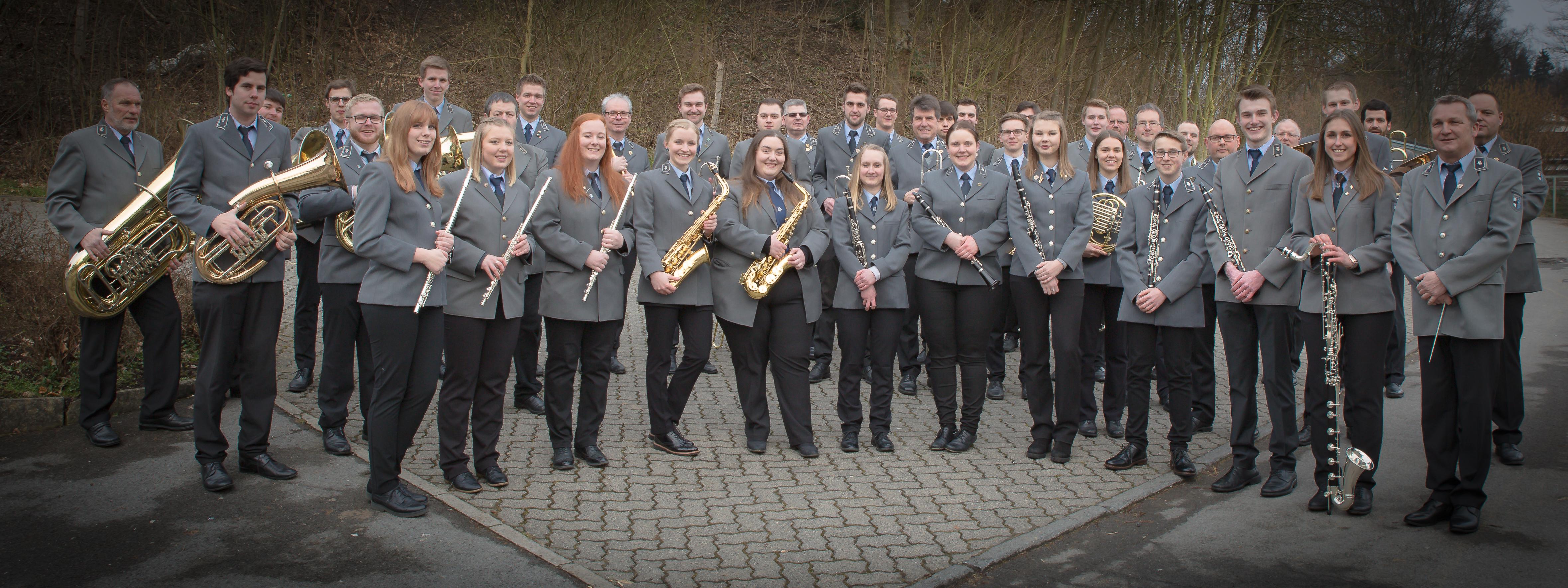Orchester_Draussen